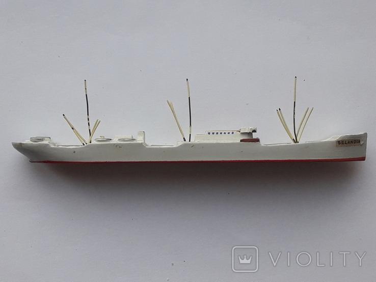 Модель теплохода m/s SELANDIA клеймо B&W Burmeister& Wain, фото №11