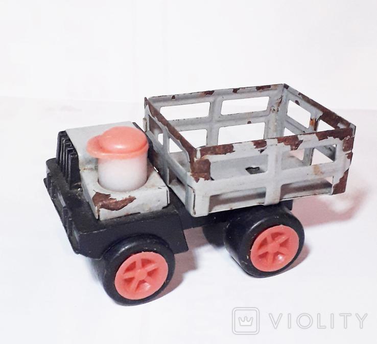 Машинка с водителем СССР, фото №2