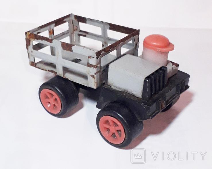 Машинка с водителем СССР, фото №3