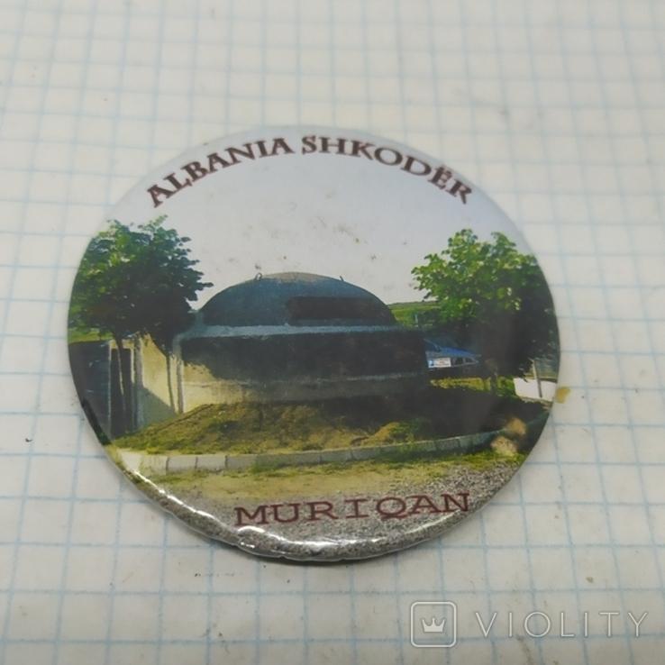 Магнит - открывалка Мурикан, Албания. Диаметр 57мм, фото №2