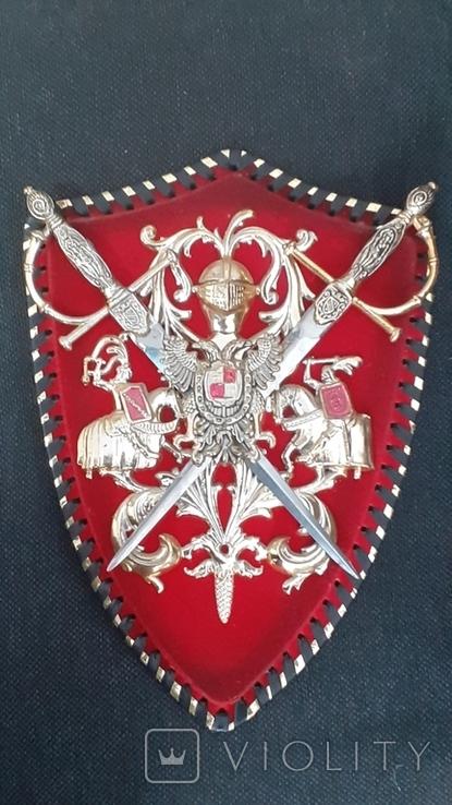 Пано, герб рыцари, мечи, фото №2