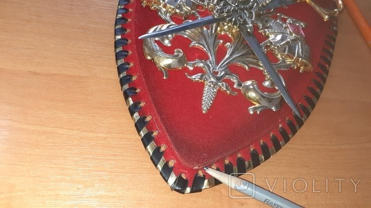 Пано, герб рыцари, мечи, фото №9
