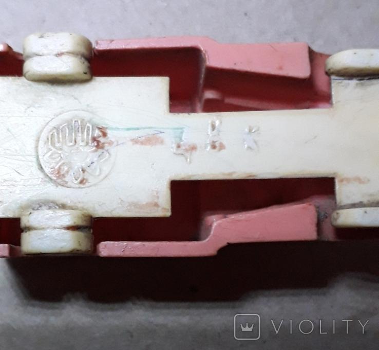 Миниатюрная машинка грузовик СССР 60-70-е годы,клемо,длина 5,5 см., фото №4