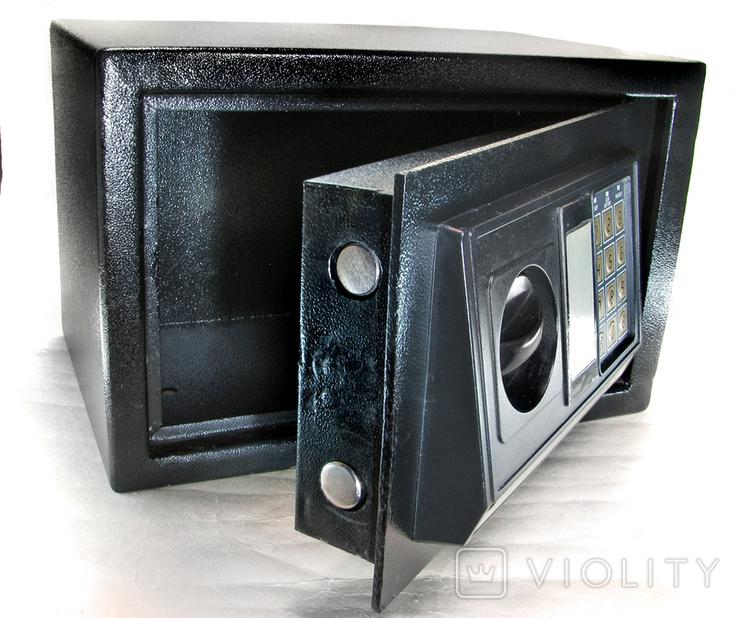 Металлический сейф с электронным кодовым замком, фото №4