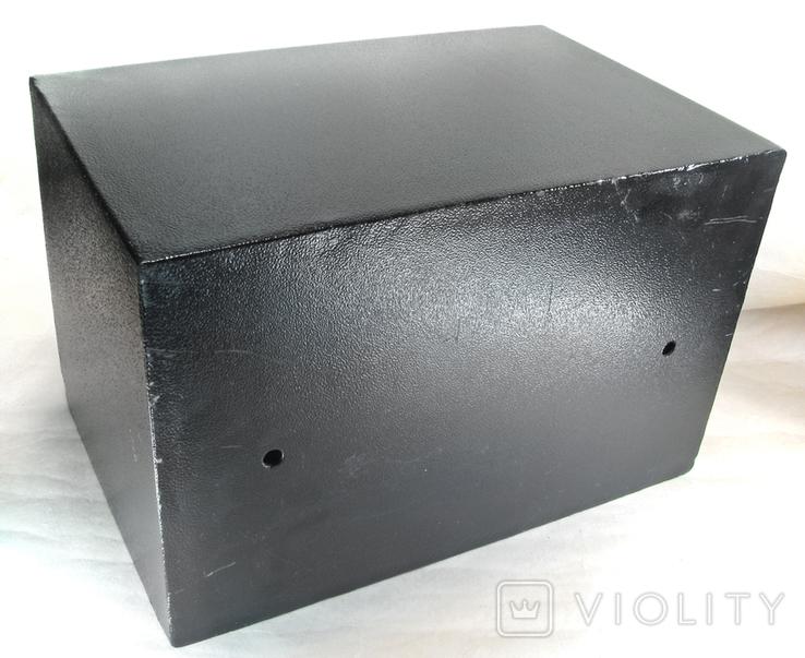 Металлический сейф с электронным кодовым замком, фото №7