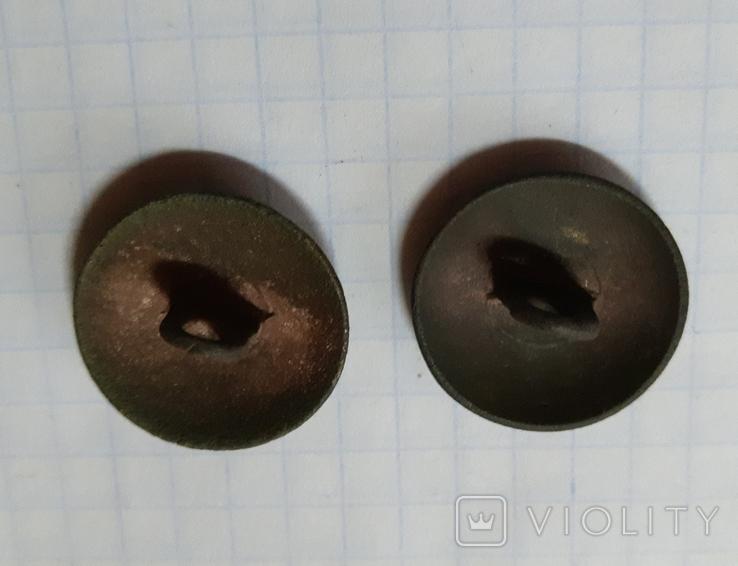 Две пуговицы, фото №3