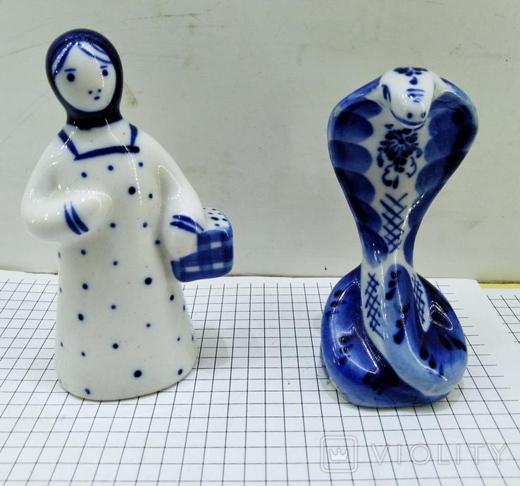 Статуэтки Девушка с корзиной и Кобра, Гжель. Клеймо, фото №2
