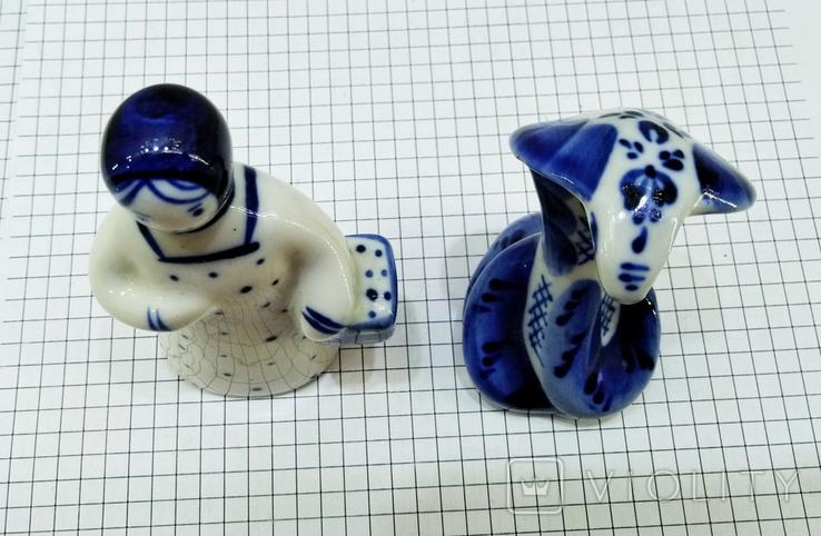 Статуэтки Девушка с корзиной и Кобра, Гжель. Клеймо, фото №9