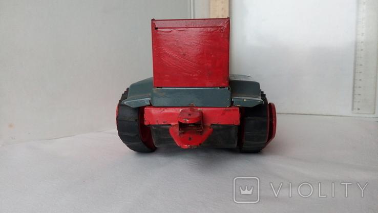 3443 детская игрушка из СССР на батарейке с лампочкой гусеничный трактор, фото №5