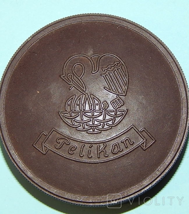 Бакелитовая коробочка фирмы Pelican, фото №2