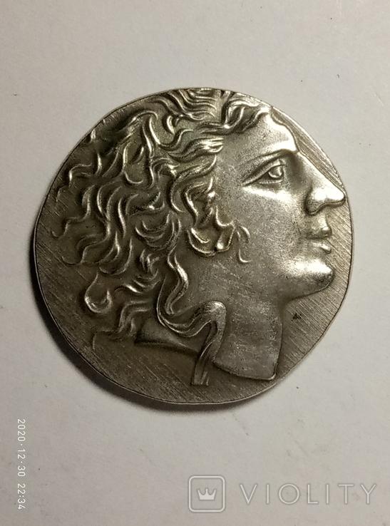 Древняя Греция копия монеты посеребренная г82, фото №2