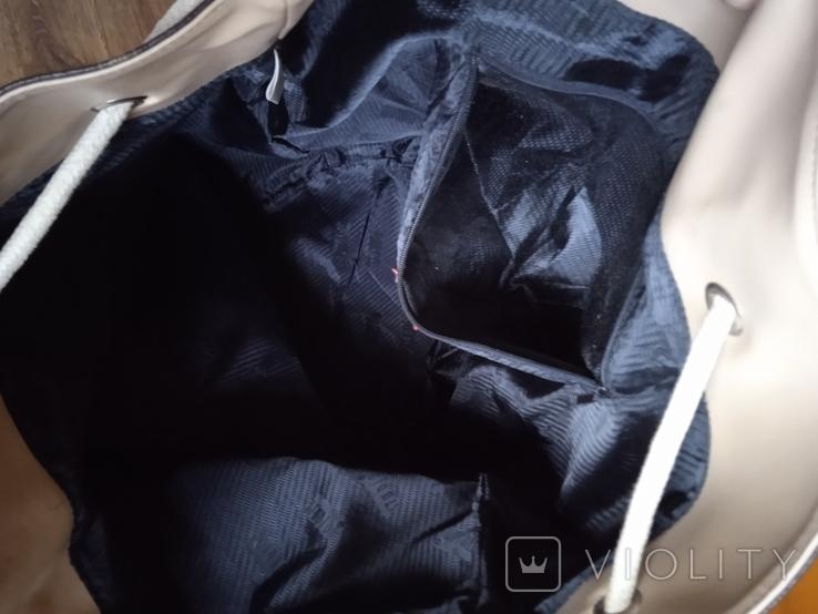 Большая фирменная кожаная сумка, фото №11