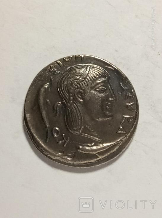 Древняя Греция копия монеты посеребренная г99, фото №2