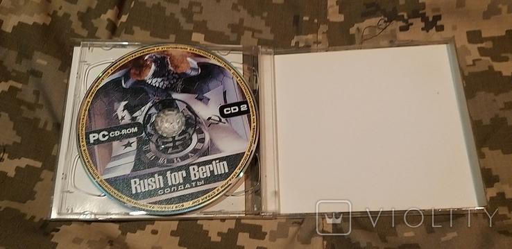 Диск PC CD-ROM Rush for Berlin солдаты, фото №5
