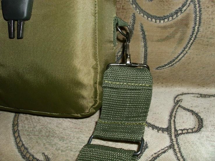 Фляга пластиковая USA 2QT с чехлом олива и ремешком через плечо (Mil-Tec, Германия), фото №5