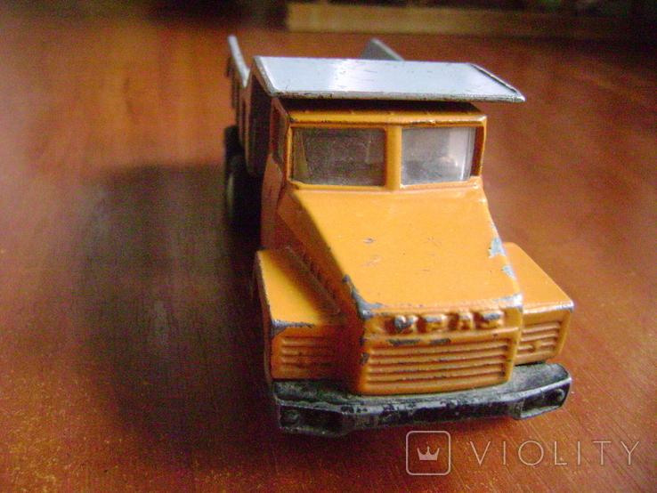 Автомобиль КрАЗ 80-е, фото №3