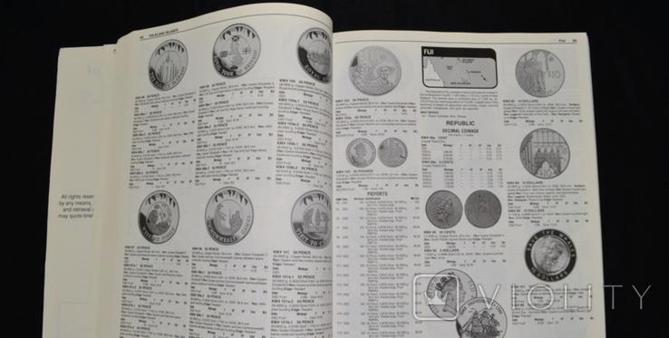 Монеты мира. Легендарный иллюстрированный каталог Краузе 2004 года, фото №4