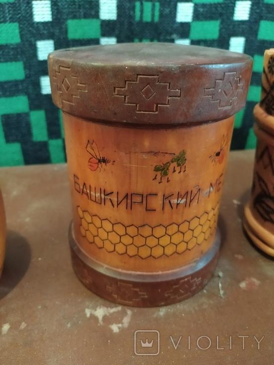 Боченки для меда и деревянная чашка., фото №3