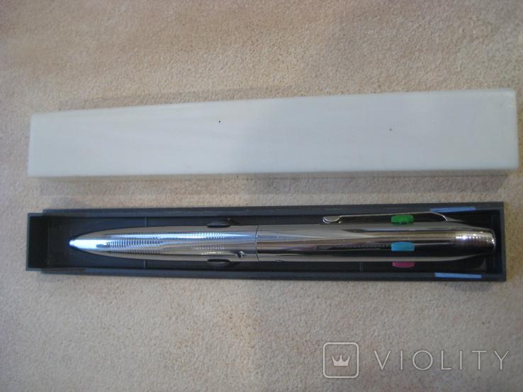 Шариковая ручка на 4 цветных стержня..СССР. Новая., фото №2