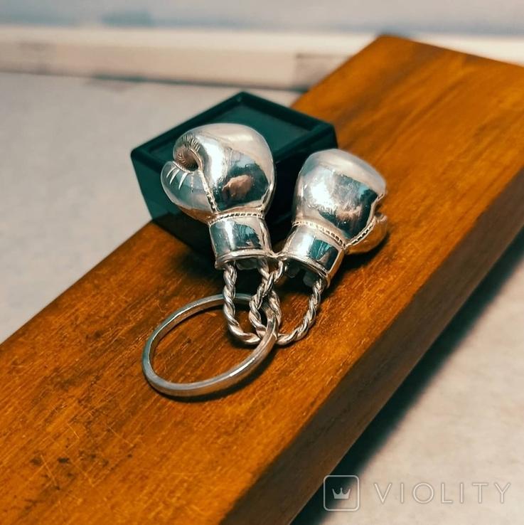 Серебряные боксерские перчатки, фото №4