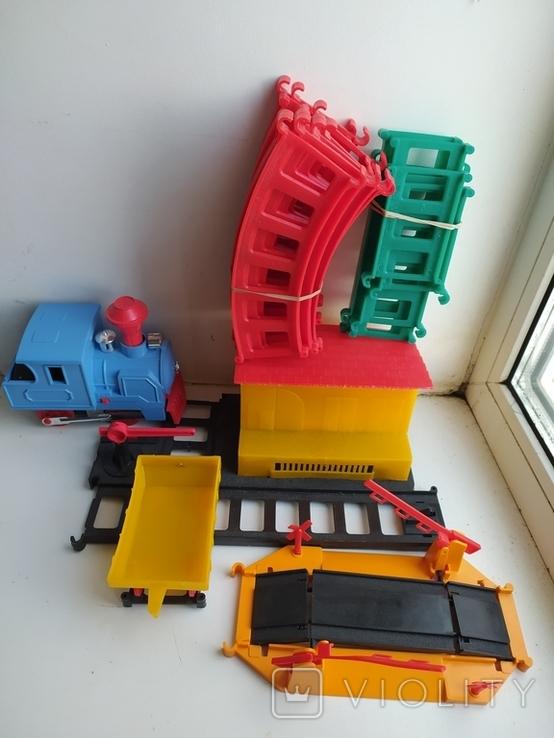 Железная дорога электромеханическая игрушка СССР. В коробке. 2, фото №6