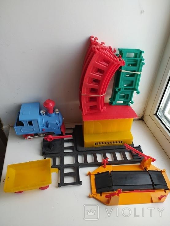 Железная дорога электромеханическая игрушка СССР. В коробке. 2, фото №7