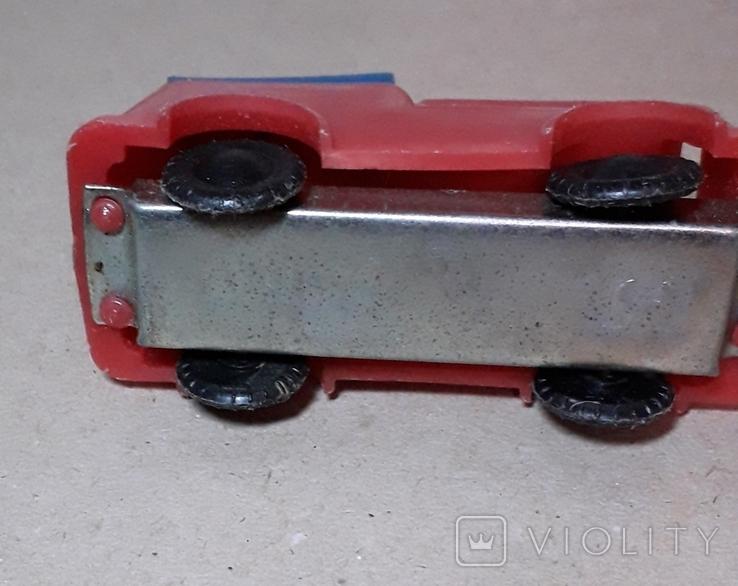 Пожарнвя машина пластмасса-металл из СССР, фото №2