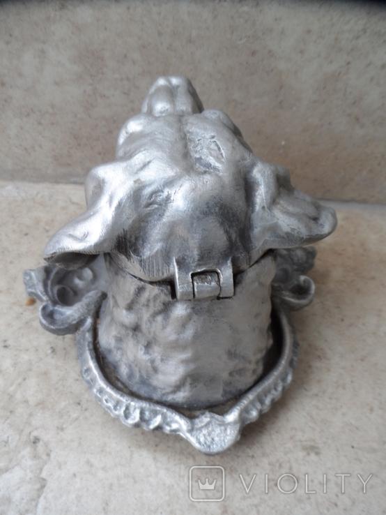 Пепельница белая голова собаки металл СССР, фото №6