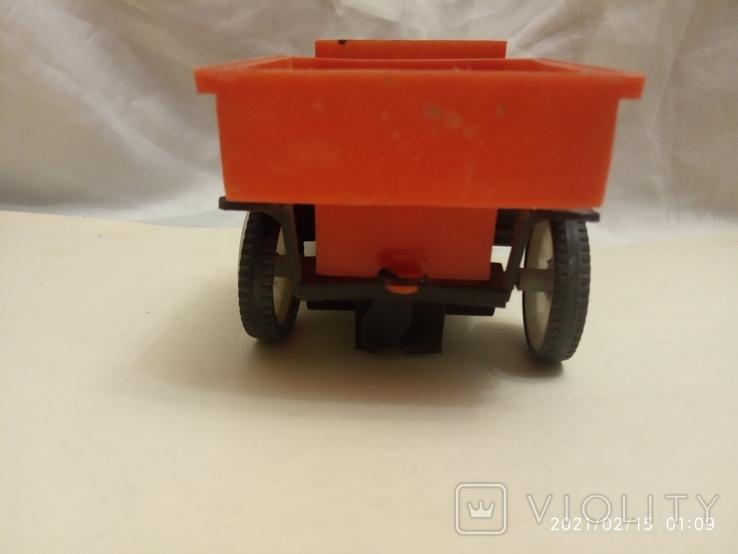 Старый автомобиль (заводной), фото №5