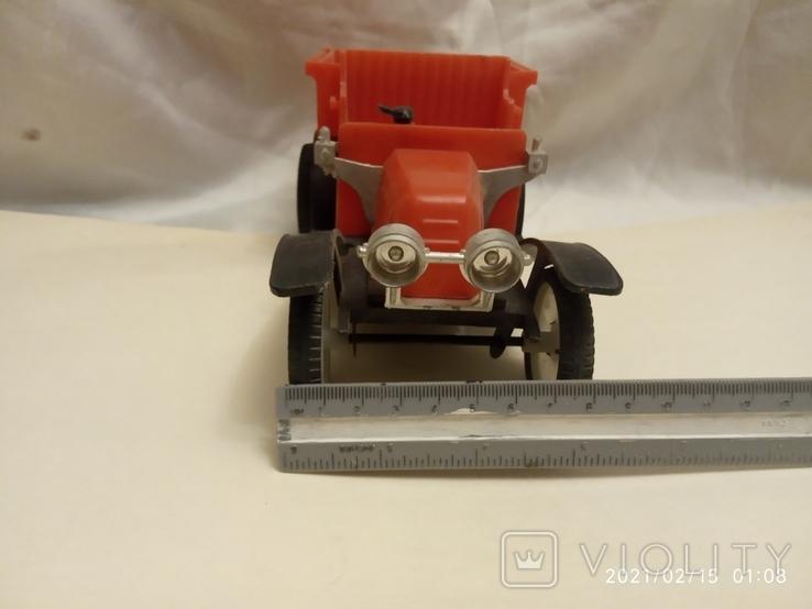 Старый автомобиль (заводной), фото №7