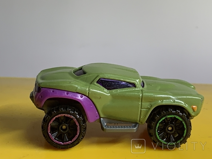 Hot Wheels Marvel Series, Green Hulk Car BDM76 2013 Pre-owned Excellent Mattel, фото №3