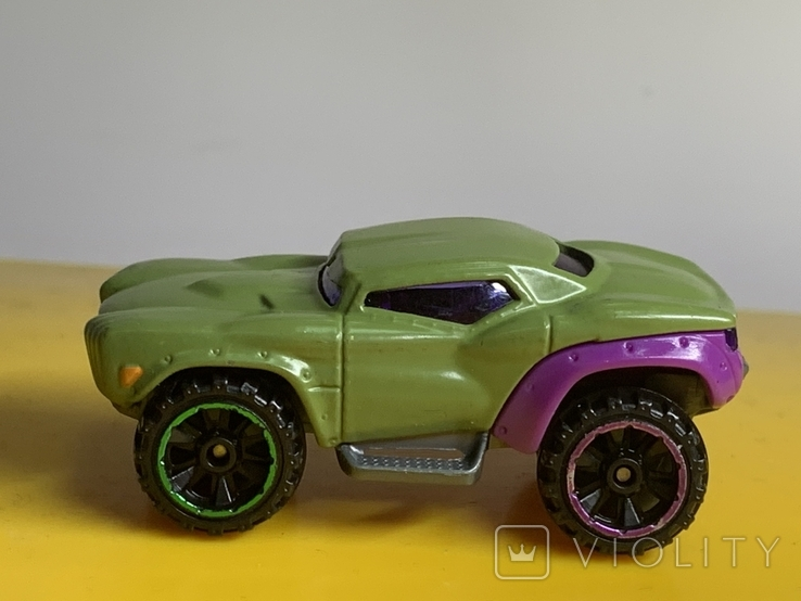 Hot Wheels Marvel Series, Green Hulk Car BDM76 2013 Pre-owned Excellent Mattel, фото №4