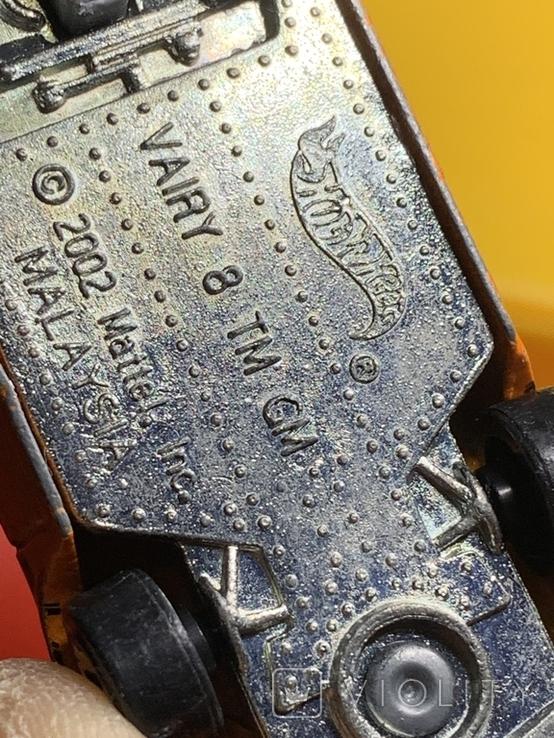 Hot Wheels Vairy 8 2002, фото №9