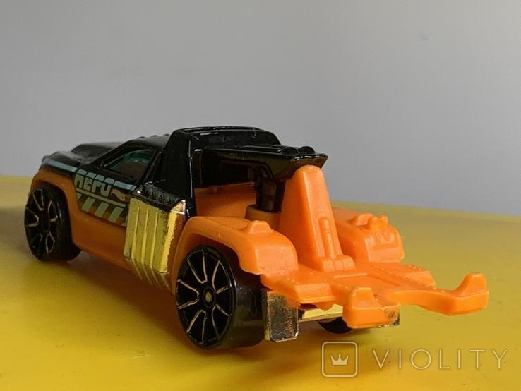 1/64 Hot Wheels Repo Duty 2012, фото №5