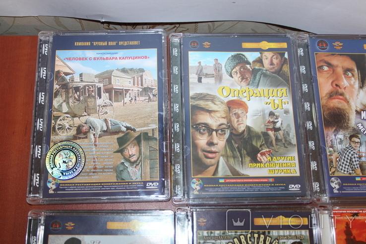 Диски с фильмами, с музыкой, игра, аудиокассеты, фото №8