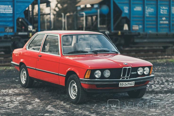 Эмблема на радиаторную решетку BMW 320 (E21), фото №12