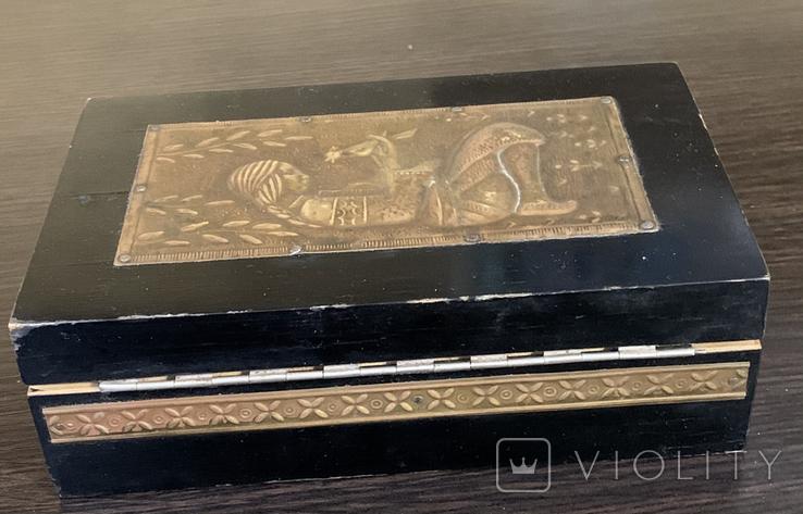 Шкатулка с чеканкой, фото №5