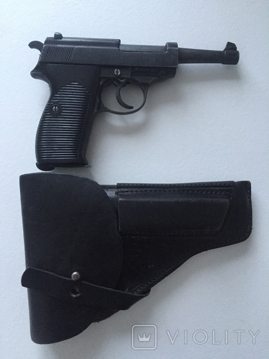 Макет пістолета Walther P38