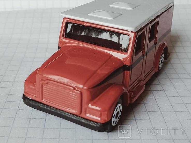Модель Armored Van, Maisto, фото №3