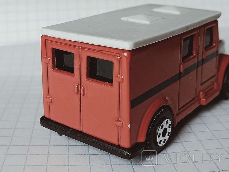 Модель Armored Van, Maisto, фото №5