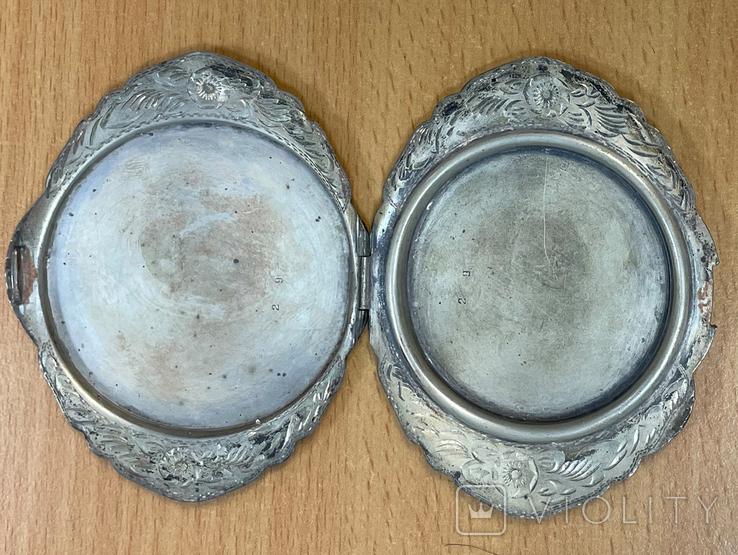 Серебряная пудреница 800 пробы с узором, фото №3