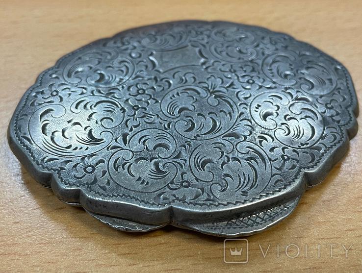 Серебряная пудреница 800 пробы с узором, фото №2