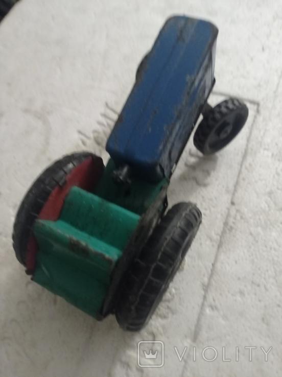 Три трактора Киевский завод., фото №3