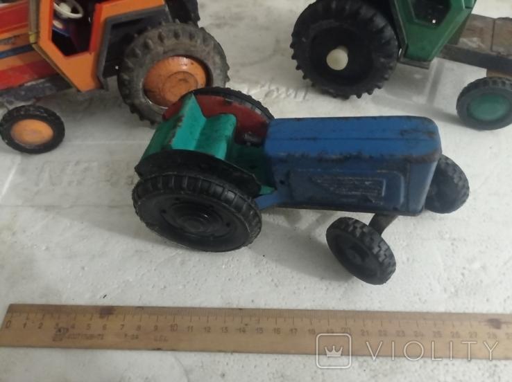 Три трактора Киевский завод., фото №2