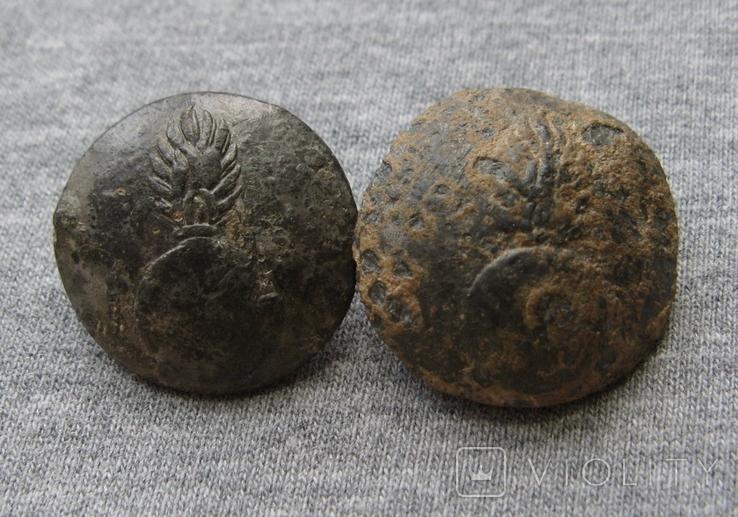 Пуговицы. Гренада. 2 штуки ( лот 7 )., фото №2