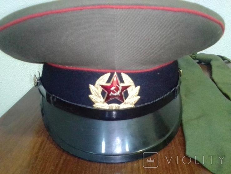 Служебная фуражка и два галстука СССР, фото №2