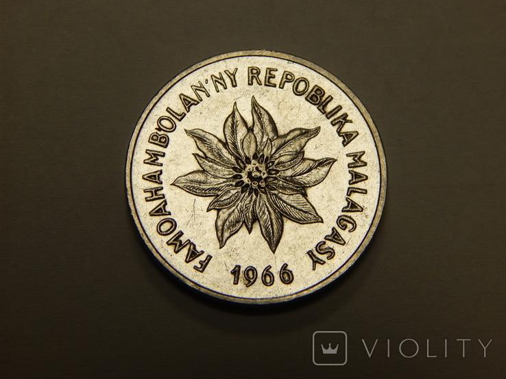5 франков, 1966 г Мадагаскар, фото №3