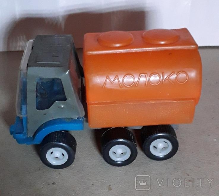 Машинка из СССР Бочка МОЛОКО длина 14 см,клеймо, фото №2