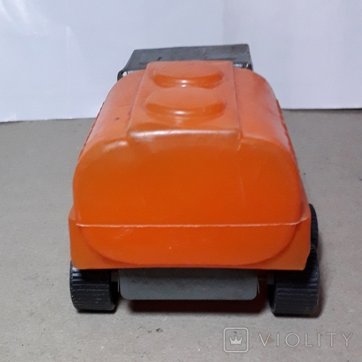 Машинка из СССР Бочка МОЛОКО длина 14 см,клеймо, фото №7