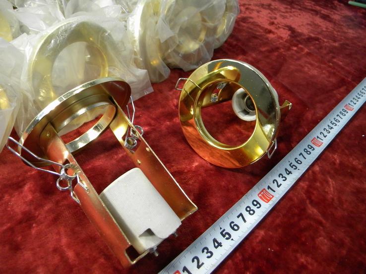 Светильники 20 штук новые.золото-патрон керамика., фото №2